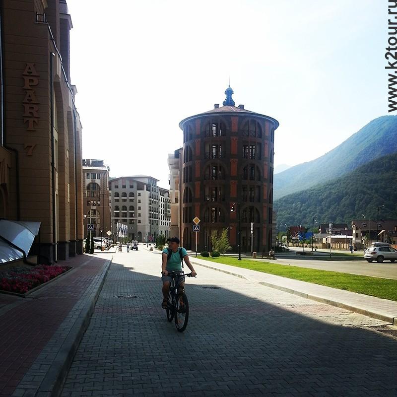 в горки городе на велосипеде
